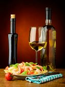 Spaghetti With Shrimps And Wihte Wine