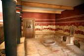 pic of minos  - the throne hall of the knossos palace in crete - JPG