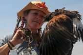 Harris Hawk and it's handler