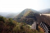 picture of dam  - The Bhumibol Dam is a hydroelectric dam in Tak province - JPG
