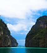 Tranquil Bay Heaven Horizon