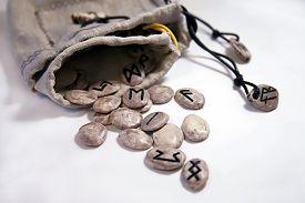 picture of rune  - Scandinavian runes of moose horns in linen fabric bags - JPG