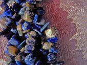 Preetty Lazurite Gems