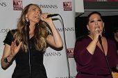 Chynna Phillips, Carnie Wilson at the