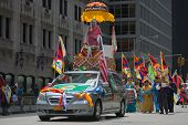 Tibetans Represented Tibet in the 20th International Cultures Parade in New York