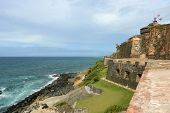 picture of el morro castle  - Castillo San Felipe del Morro El Morro - JPG