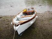 dingy boat