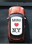 Mini Cooper dealership in Manhattan
