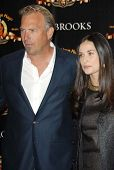 Kevin Costner and Demi Moore at the ShoWest 2007 Photocall For MGM's