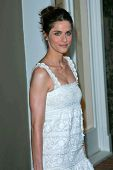 Amanda Peet at the Oscar De La Renta Boutique Opening Benefiting EIF Women's Cancer Research Fund. S