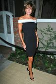 Lisa Rinna at the Oscar De La Renta Boutique Opening Benefiting EIF Women's Cancer Research Fund. Sa