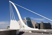 Samuel Beckett Bridge
