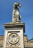 Escultura de San Pedro en el Vaticano.