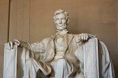 Abraham Lincoln, Medium View