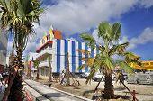 nova linha de eléctrico no centro de Oranjestad