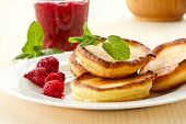 Pancakes With Raspberries