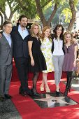 LOS ANGELES - JAN 29: Chris Parnell, Jeremy Sisto, Cheryl Hines, Jane Levy, Carly Chaiken, Allie Gra