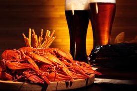 picture of crawdads  - Glasses of dark and light beer with crawfish and smoked fish  - JPG