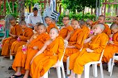 Bangkok ,thailand - 9 July 2014 : Unknown Young Novice Monks In Buddhism Study Project At Wat Rama 9