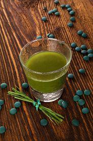 pic of chlorella  - Spirulina chlorella barley and wheatgrass - JPG