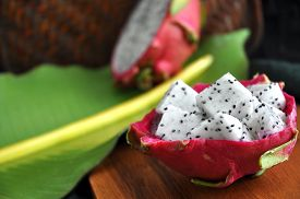 picture of dragon  - portion of fresh dragon fruit serve in dragon fruit skin - JPG