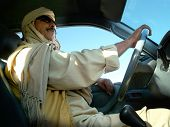 picture of saudi arabia  - arab driver - JPG