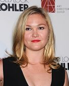 LOS ANGELES - FEB 8:  Julia Stiles arrives to the Art Director's Guild Awards 2014  on February 08,