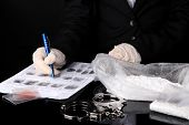 picture of heroin  - Heroin consignments found of drug control employees - JPG