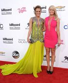LAS VEGAS - MAY 18:  Carrie Underwood & Miranda Lambert arrives to the Billboard Music Awards 2014