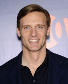 LOS ANGELES - JUL 17:  Teddy Sears arrives to the CBS-CW-Showtime Summer TCA Press Tour 2014  on July7, 2014 in West Hollywood, CA.