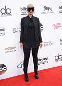 LAS VEGAS - MAY 18:  Amber Rose arrives to the Billboard Music Awards 2014  on May 18, 2014 in Las V
