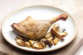 duck baked with apples