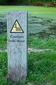 Caution deep water sign.