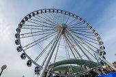 Seattle Ferris Wheel Ride