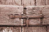 Close up of a doorlatch.