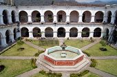 image of escuela  - Inner yard with fountain in Escuela de Cristo in Antigua - JPG