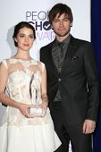 LOS ANGELES - JAN 8: Adelaide Kane, Torrance Coombs at The People's Choice Awards at the Nokia Theat