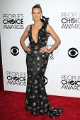 LOS ANGELES - JAN 8: Heidi Klum at The People's Choice Awards at the Nokia Theater L.A. Live on Janu