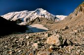 picture of shan  - Rocky terrain on the slopes of Tien - JPG