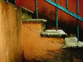 Escada Vintage rachada
