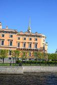 picture of castle  - The Mikhailovsky Castle  - JPG