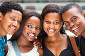 groep van de african american college studenten close-up