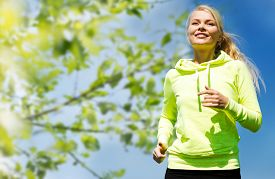 picture of jogger  - fitness - JPG