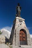 Mont Chetif, Small Chapel