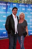 LOS ANGELES - MAY 23:  Dean Cain, mom arrives at the