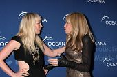 LOS ANGELES - OCT 30:  Natasha Bedingfield, Carly Simon at the Oceana's Partners Awards Gala 2013 at