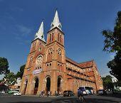 Many people enjoying around Saigon Notre-Dame Basilica