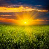 Belo pôr do sol em Prado