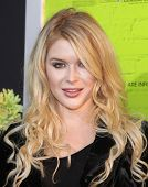 LOS ANGELES - SEP 10:  Renee Olstead arrives to the