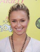 LOS ANGELES - OCT 21:  Hayden Panettiere arrives to the Variety's Power of Youth  on October 21, 201